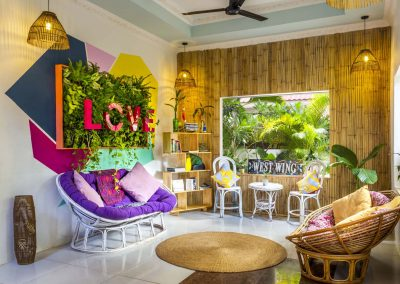 BE Happy Siem Reap | Lobby and Green Wall Guesthouse